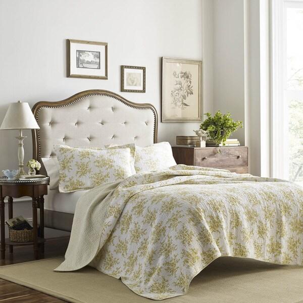 Shop Laura Ashley Cielo Lemon Cotton Quilt Set