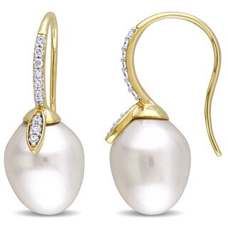 Miadora Signature Collection 14k Yellow Gold Cultured South Sea Pearl 1/5ct TDW Diamond Linear Flower Earrings (G-H, SI1-SI2)