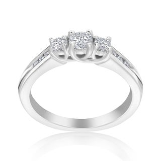 Andrew Charles 14k White Gold 1/2ct TDW 3-Stone Diamond Ring (H-I, SI2-I1)