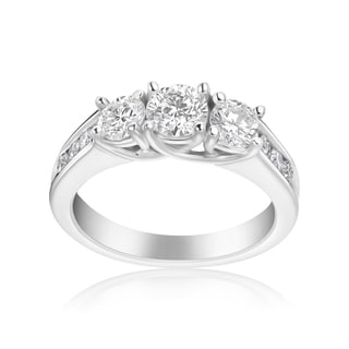 Andrew Charles 14k White Gold 1 1/2ct TDW 3-stone Diamond Ring (H-I, SI2-I1)
