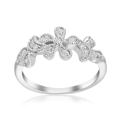 SummerRose 14k White Gold 1/5ct TDW Diamond Flower RIng