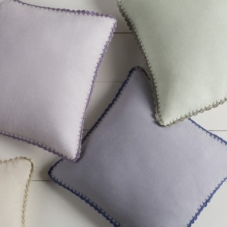 Decorative Prater 22-inch Poly or Feather Down Filled Pillow
