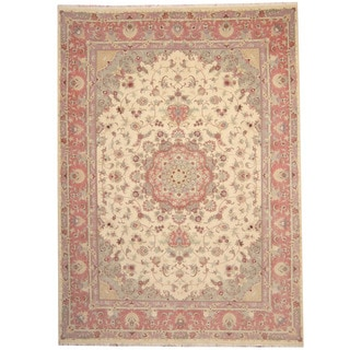 Herat Oriental Persian Hand-knotted Tabriz Ivory/ Salmon Wool and Silk Rug (8'3 x 11'2)