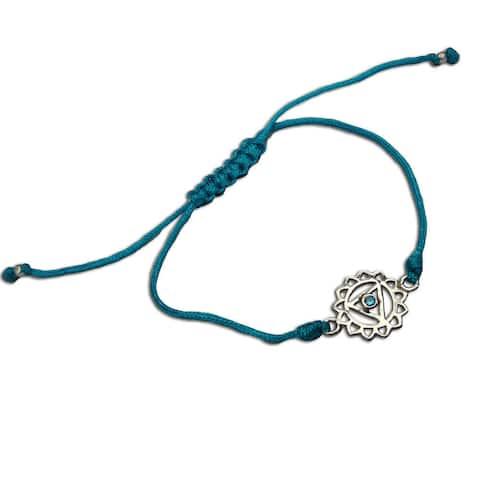 Handmade Throat Chakra Turquoise Adjustable Charm Bracelet (India)