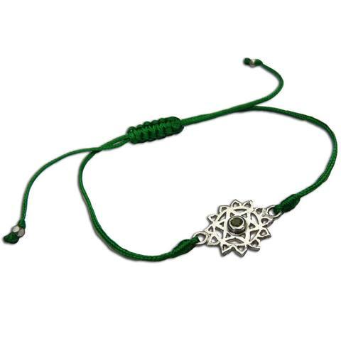 Handmade Heart Chakra Green Adjustable Charm Bracelet (India)