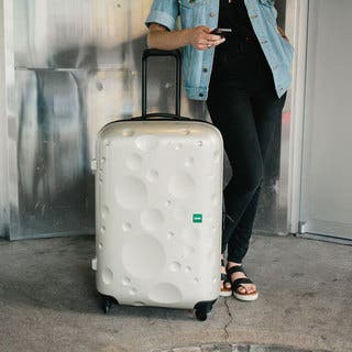 Lojel Luna 31-inch Large Hardside Spinner Upright Suitcase|https://ak1.ostkcdn.com/images/products/11483217/P18437607.jpg?impolicy=medium