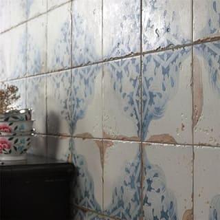 SomerTile 13x13-inch Artesano Azul Decor Ceramic Floor and Wall Tile (10 tiles/12.2 sqft.)