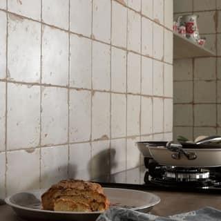 SomerTile 13x13-inch Artesano Blanco Ceramic Floor and Wall Tile (10 tiles/12.2 sqft.)