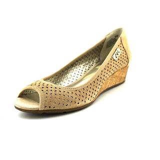 Anne Klein Sport Women's 'Cadwyn' Nubuck Dress Shoes
