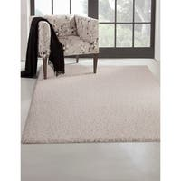 Greyson Living Willow White Olefin Area Rug - 7'9 x 10'6