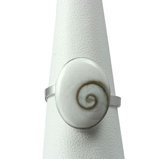 Handmade Sterling Silver Inlay Oval Eye of Shiva Shell Classic Ring (Thailand)