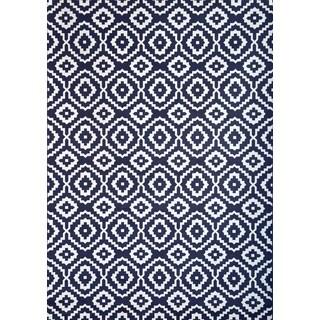 Greyson Living Owen Navy/ White Viscose Area Rug (7'10 x 11'2)