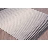 Hand-loomed Reversible Flatweave Wool Rug Grey Rug - 5' x 7'6