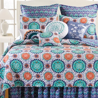Zarina Cotton Medallion Teal/ Cinnabar Quilt (Shams Not Included)