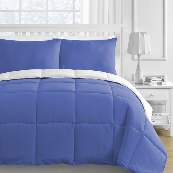 Reversible White and Blue 3-piece Comforter Set