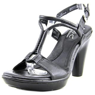 B.O.C. Women's 'Nereida' Faux Leather Dress Shoes