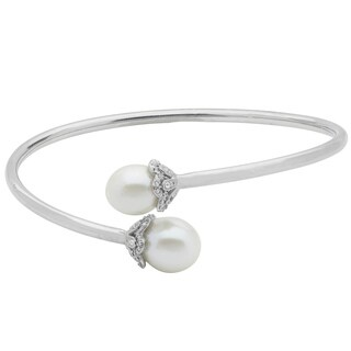 Pearls For You Sterling Silver Freshwater Pearl and White Topaz Flex Bangle Bracelet (10.5-11mm)