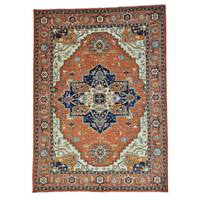 Antiqued Heriz Pure Wool Hand-knotted Oriental Rug (10'2 x 14')