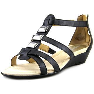 Easy Spirit Women's 'Maralyn' Black Faux Leather Sandals