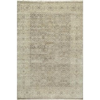 Villa Ornamental Hand-Knotted Taupe Rug (7'9 x 9'9)