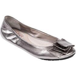Me Too Womens Lilyana Leather Ballet Flat Shoe, Pewter Metallic