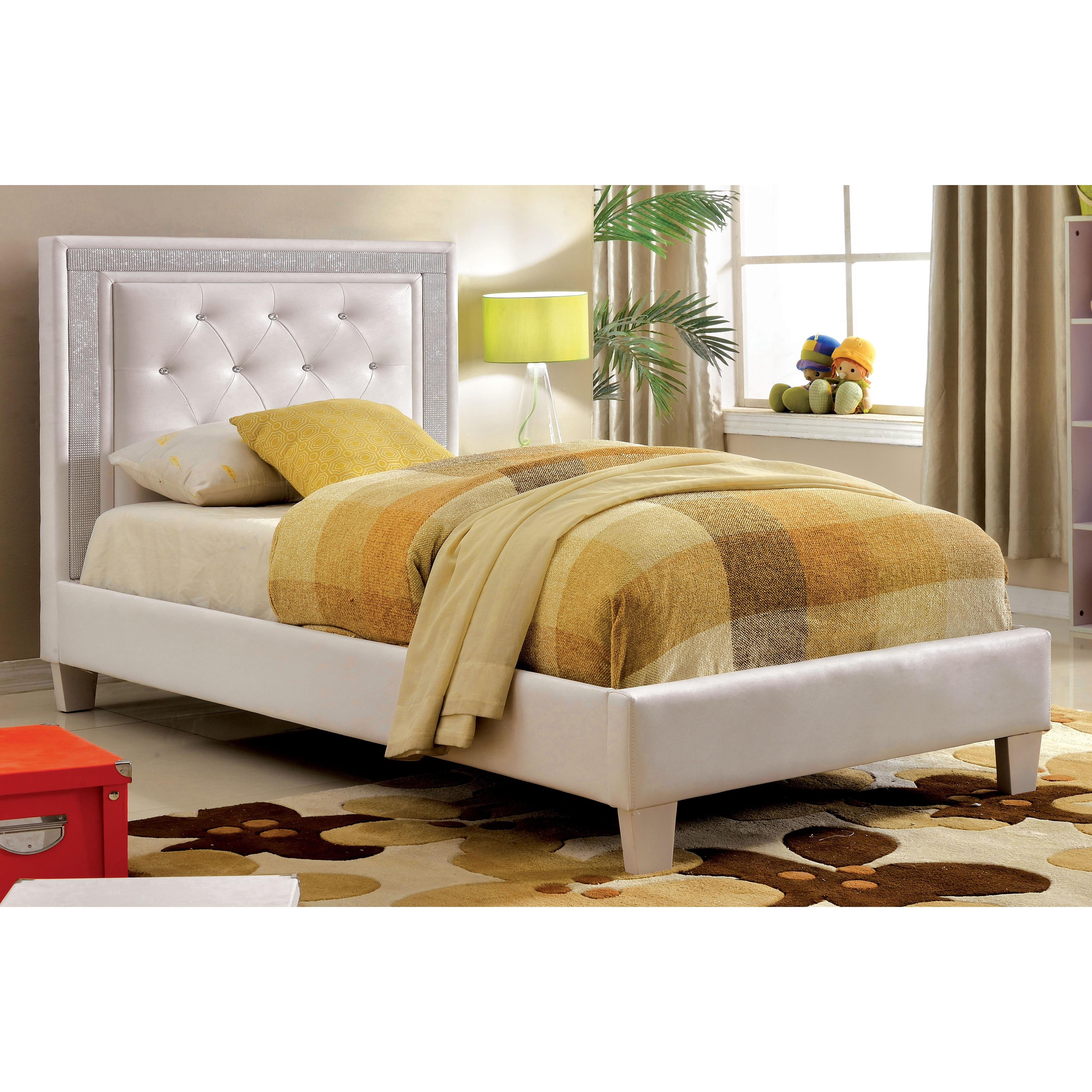 Furniture of America Sheila Contemporary Tufted White Lea...