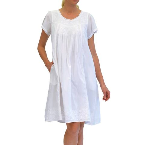 La Cera Women's Cap Sleeve Embroidered Scoop Yoke Gown