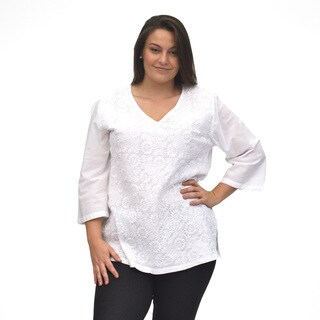 La Cera Women's Plus Size 3/4 Sleeve V-Neck hand-embroidered Top