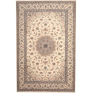 Herat Oriental Persian Hand-knotted Nain Wool Rug (6'6 x 10')