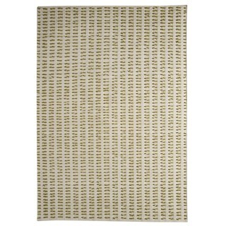 M.A.Trading Hand-woven Palmdale White/ Green Rug (5'6 x 7'10)