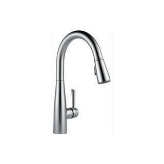 Delta Essa Stainless Steel Pullout Spray Single-hole Kitchen Faucet