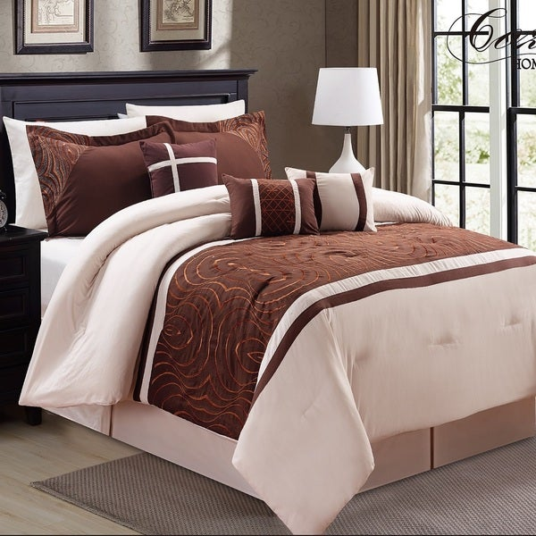 Fashion Street Safari 7-piece Embroidered Comforter Set
