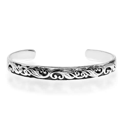 Handmade Vintage Filigree Heart Swirl Sterling Silver Bracelet Cuff (Thailand)
