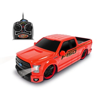 1:24 Scale Remote Control Red Ford F-150 Truck