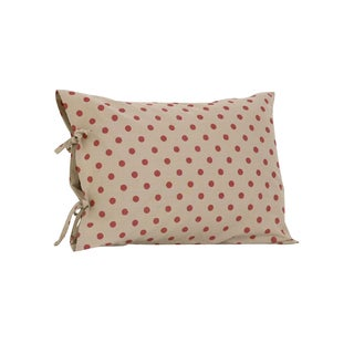 Raspberry Dot Plain Pillow Case with Ties