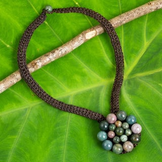 Handcrafted Jasper 'Made to Bloom' Necklace (Thailand)