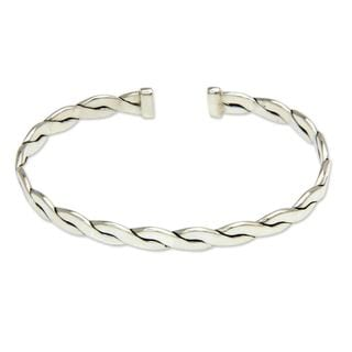 Handcrafted Men's Sterling Silver 'Surging Surf' Bracelet (Indonesia)