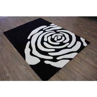 Black White Color Area Rug (5' x 7')