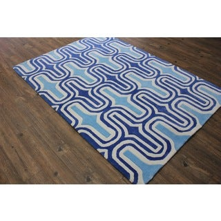 Light Blue To Dark Blue with White Area Rug (5' x 7')