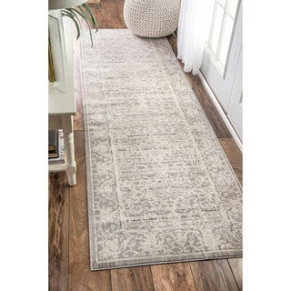 nuLOOM Traditional Vintage Flourish Runner Rug (2'6 x 8')