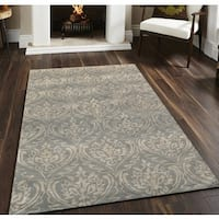 Hand-tufted Saint Thomas Silver Sand Blended New Zealand Wool and Art Silk Area Rug (5' x 8') - 5' x 8'