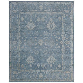 Hand-knotted Oushak Turkish Blue/ Ivory Wool and Silkette Oriental Rug (8' x 10')