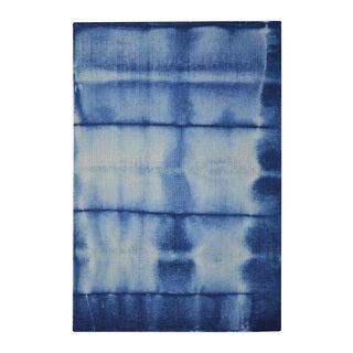 Hand-tufted Shibori Japanese Tie Dye Blue Wool Rug (4' x 6')