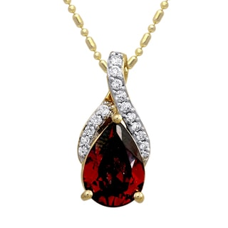 Beverly Hills Charm 14k Yellow Gold 1/10ct TDW Diamond and Red Garnet Necklace (H-I, SI2-I1)