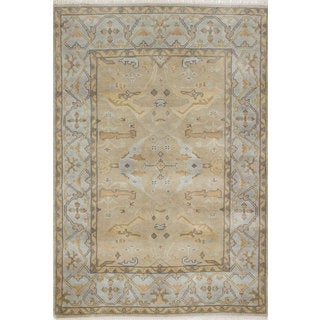 ecarpetgallery Hand-knotted Royal Ushak Beige/ Blue Wool Rug (4' x 5'11)
