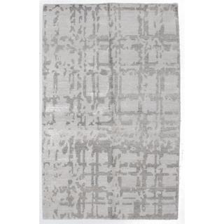 ecarpetgallery Hand-knotted Jules Ushak Beige/ Grey Art Silk Area Rug (5'1 x 8')