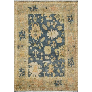 ecarpetgallery Hand-knotted Royal Ushak Beige/ Blue Wool Rug (4'2 x 5'11)
