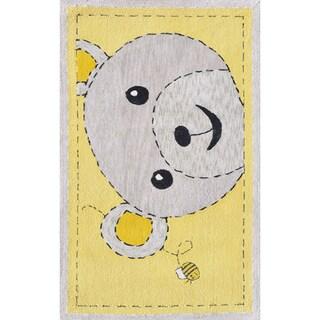 Hand-hooked Bee-z-bear Yellow/ Grey Rug (2'8 x 4'8)