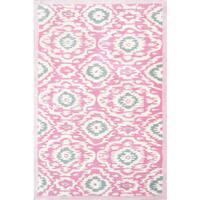 Hand-tufted Ikat-kidi Pink/ White/ Grey Rug (2'8 x 4'8) - 2'8 x 4'8