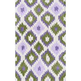 Hand-hooked Ikat/ White/ Green/ Lavender Rug (2'8 x 4'8)